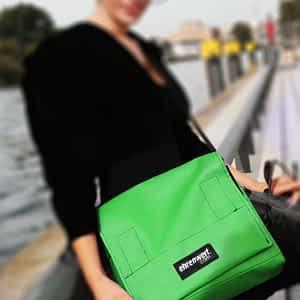 Taschenmodell Comfort Small in kermit grün