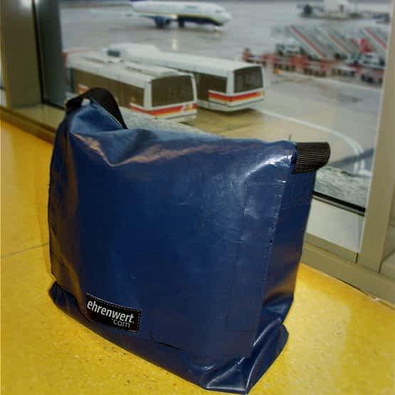 Taschenmodell Skate in nachtblau