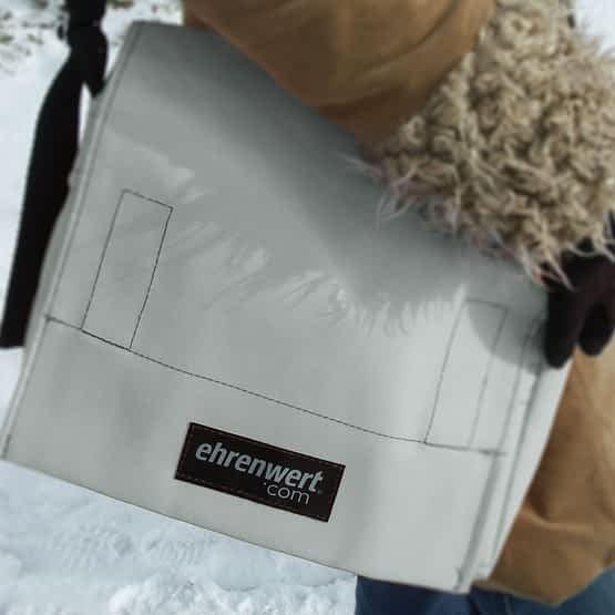 kleines ehrenwert.com Taschenmodell Comfort Small in weiß